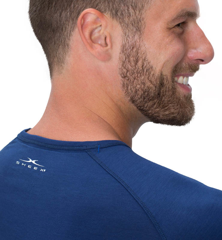 828 men longsleeve cobalt blue detail