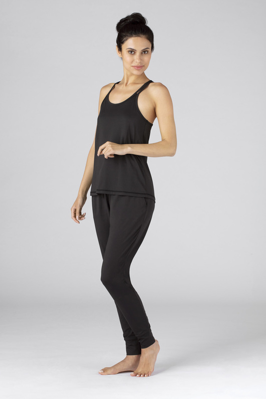 W cross back cami black v2 100021