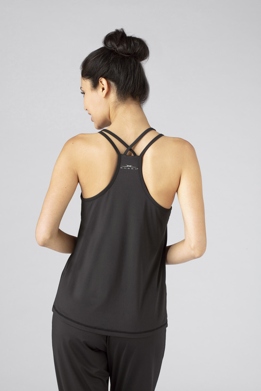 W cross back cami black v3 100021