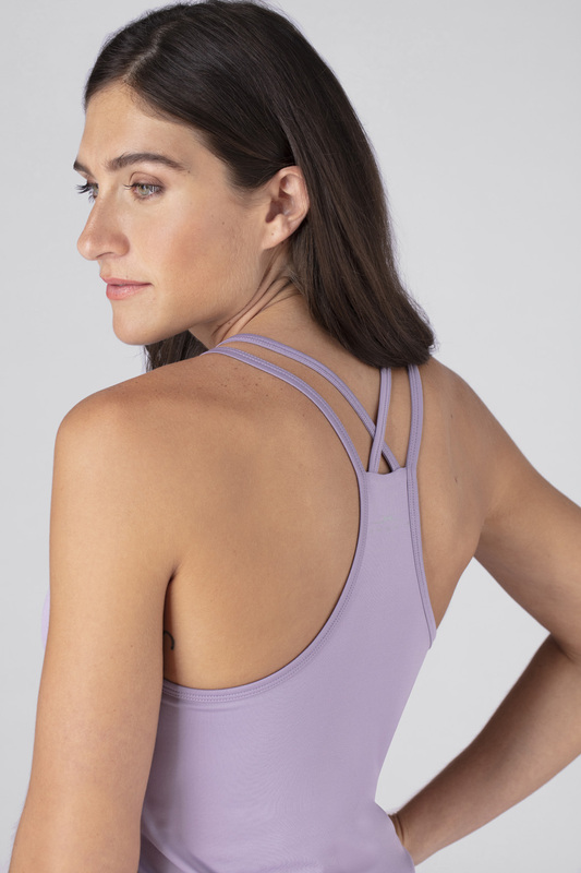 W cross back cami lavender v5 100021