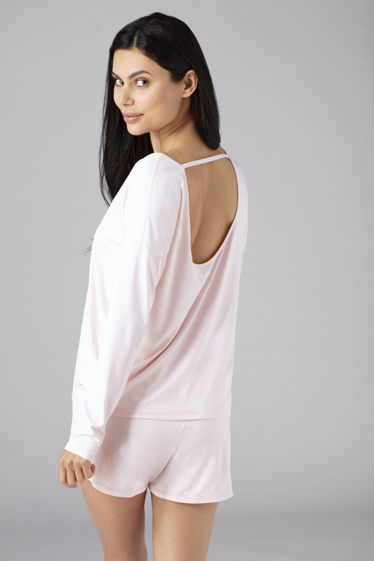 W ls tee open back pink v4 100023