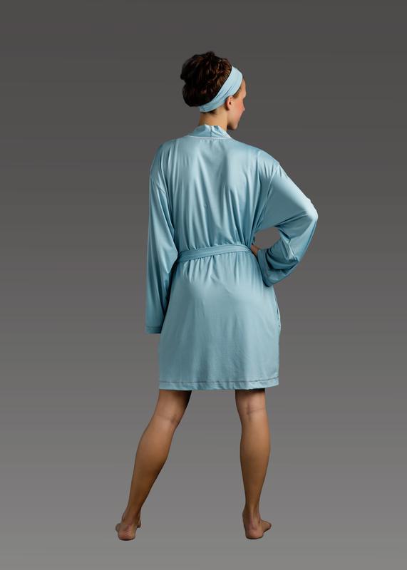 Sleepwear product w robe blue back