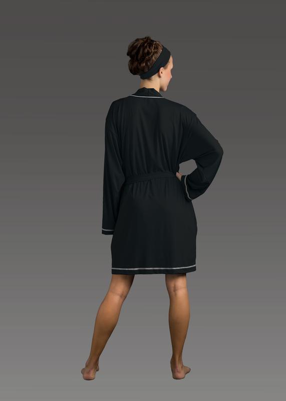 Sleepwear product w robe black back